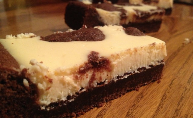 Black and White Chocolate Cheesecake Bars | The Diary of a Bake-A ...